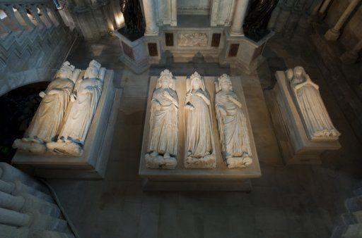 Gisants de Philippe V et VI, Jeanne d'Evreux, Charles IV et  Blanche