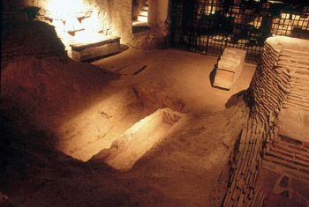 Crypt, Saint-Denis Basilica