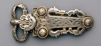 Buckle-plate with zoomorphic motifs