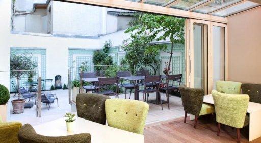 Hôtel Mistral salle à manger et terrasse