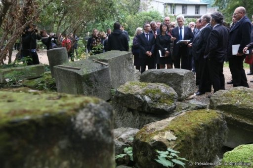 François Hollande à la Basilique de Saint-Denis (6)