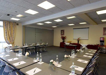 Salle de réunion comfort hotel rosny