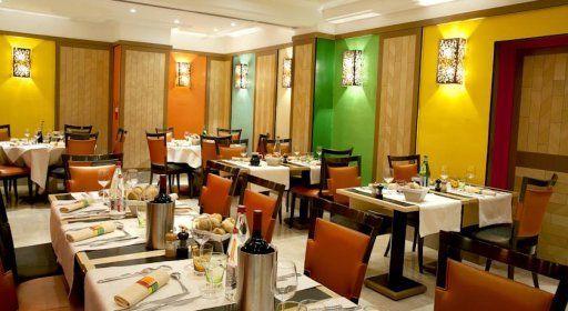 hotel-cardinal-restaurant.jpg