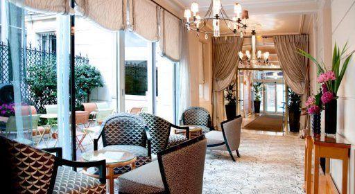 hotel-cardinal-salon.jpg