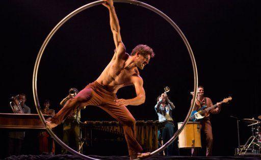 Cirque Plume Tempus Fugit à la Villette