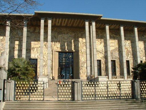 Palais porte dorée