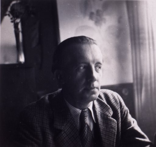 portrait paul eluard