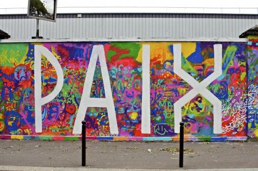 rosa parks fait le mur fresque street art dans le 19 me. Black Bedroom Furniture Sets. Home Design Ideas