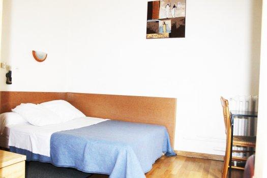 Hôte résidence Saint-Ouen chambre