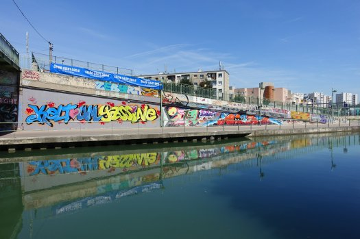 Graffiti, canal de l'Ourcq à Pantin © Guilhem Vellut https://www.flickr.com/photos/o_0/
