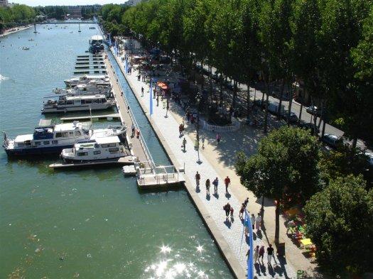 Holiday Inn Express Canal de La Villette