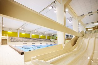 Water slide, swimming pool C. Muffat in Rosny
