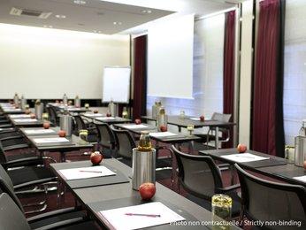 Mercure Paris Saint-Ouen salle de réunion