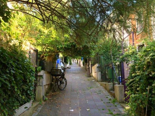 Balades insolites cet été à Paris