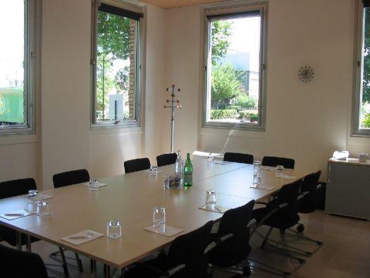 Regus EMGP salle de réunion