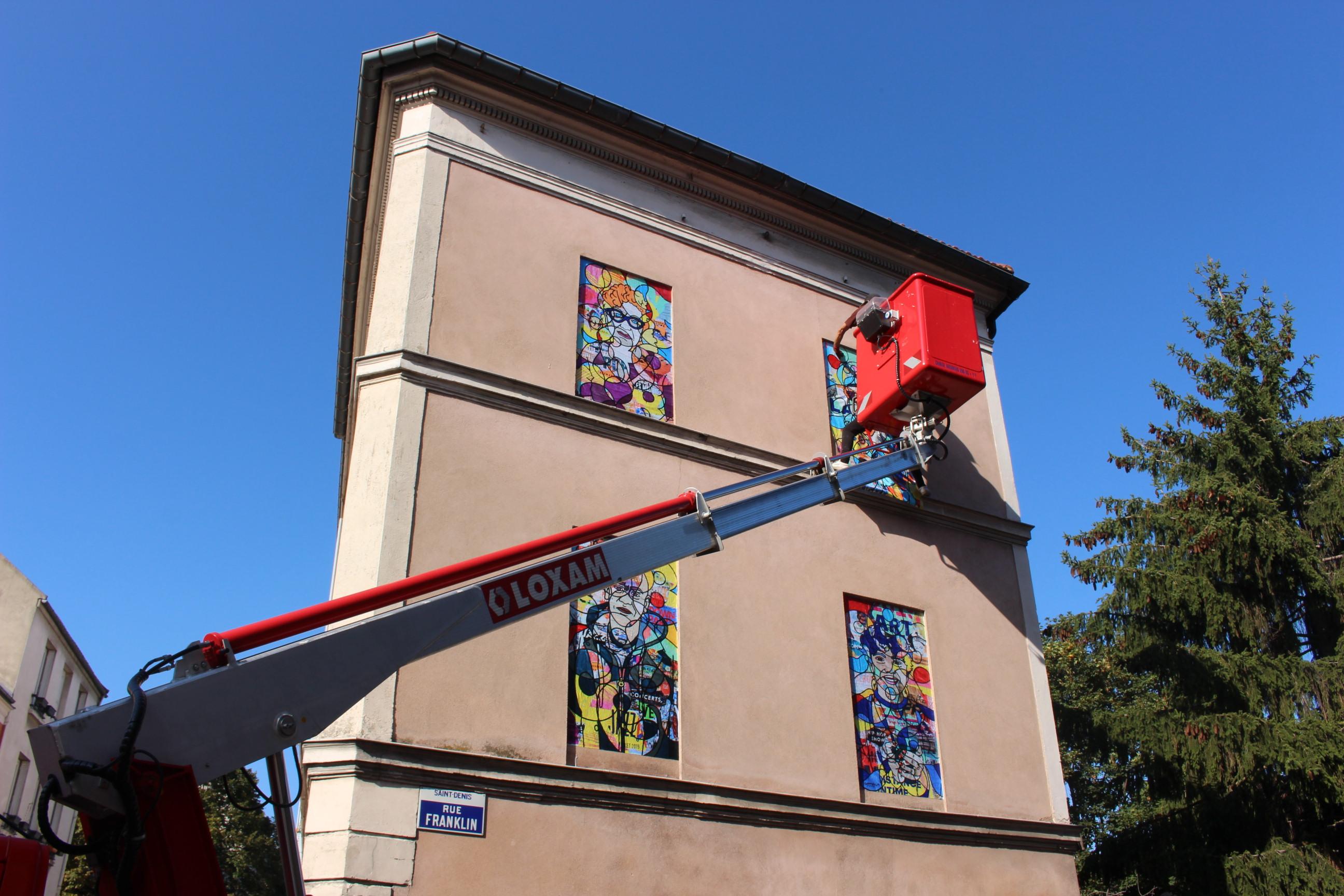 Fenêtre sur rue, Salamech