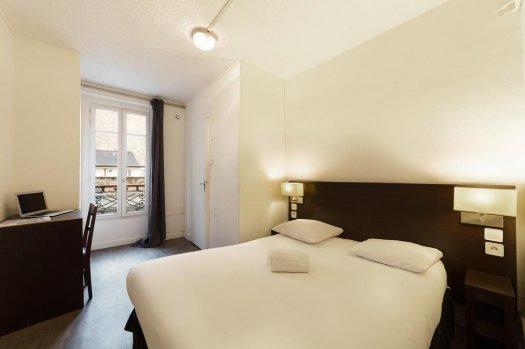 Untalented Hotel Paris La Villette