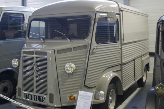 conservatoire citroen, camionnette grise
