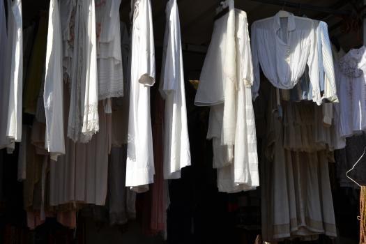 passage_robes_blanc_lp