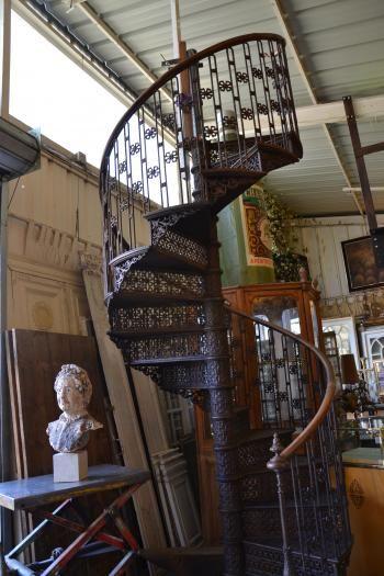 entrepot_escalier_lp