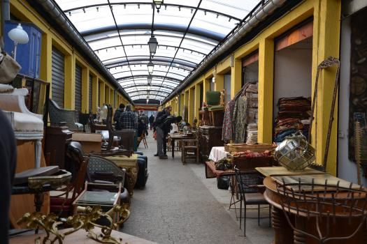March 233 Jules Vall 232 S A Covered Flea Market In Paris