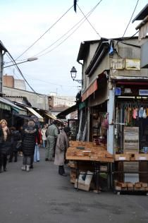 Vernaison flea market