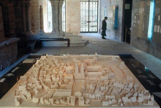 Basilique Cathédrale Saint-Denis / Maquette