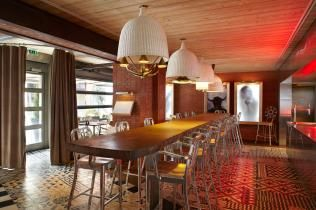 Ma Cocotte, Philip Starck's restaurant in the Paris Flea Market