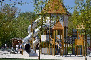 play area - park haute ile