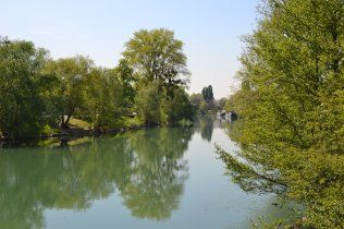 Marne - the river near Chelles-Vaires Canal