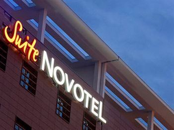 suite-novotel-paris-porte-chapelle.jpg