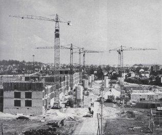A Saint-Denis, la cité Pierre-Sémard est construite à partir de 1958, dans le cadre de l'opération million amélioré