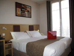 Source hotel chambre
