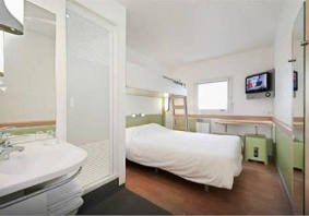 ibis budget roissy paris nord 2 hotel comique. Black Bedroom Furniture Sets. Home Design Ideas