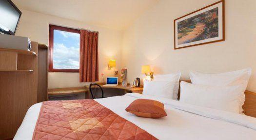 Comfort Hotel Roissy Aeroport CDG chambre