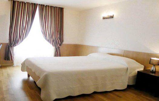 hôtel Mont Blanc Paris quartier St Michel chambre