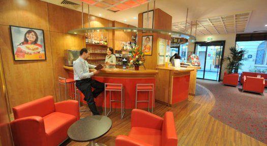 Hôtel Ibis Paris Gare de l'Est bar