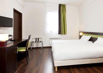 Comfort Hotel Bobigny Paris Est chambre