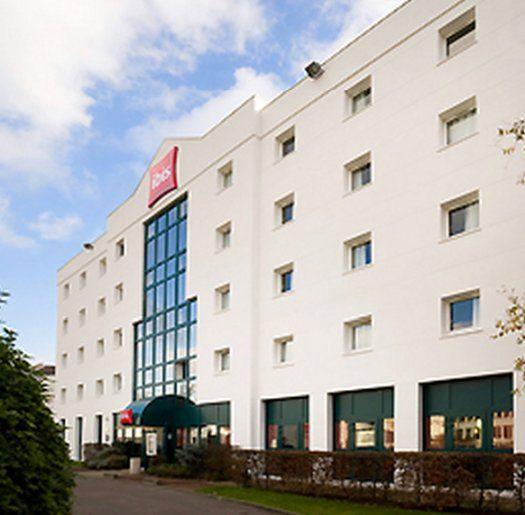 hôtel Ibis Le Bourget la Courneuve - facade