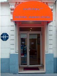 hotel abricotel Paris 19 - facade