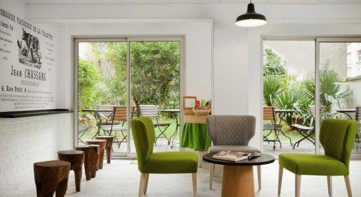 Hôtel Ibis Style Paris Buttes Chaumont salle commune