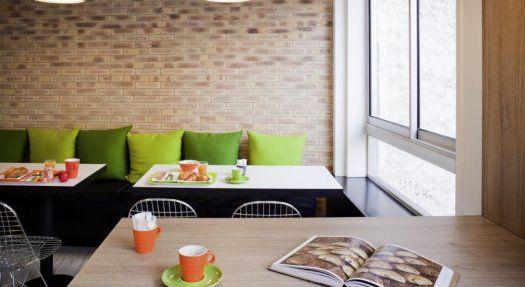Hôtel Ibis Style Paris Buttes Chaumont petit déjeuner
