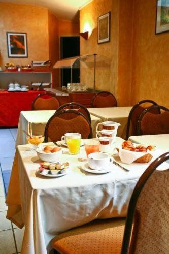 Hôtel La Perdrix Rouge restaurant