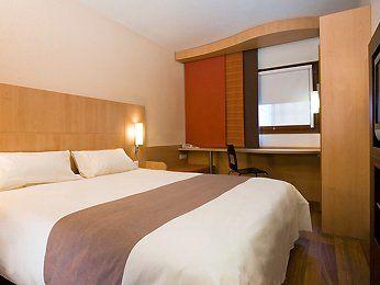 Hôtel Ibis Paris Le Bourget chambre
