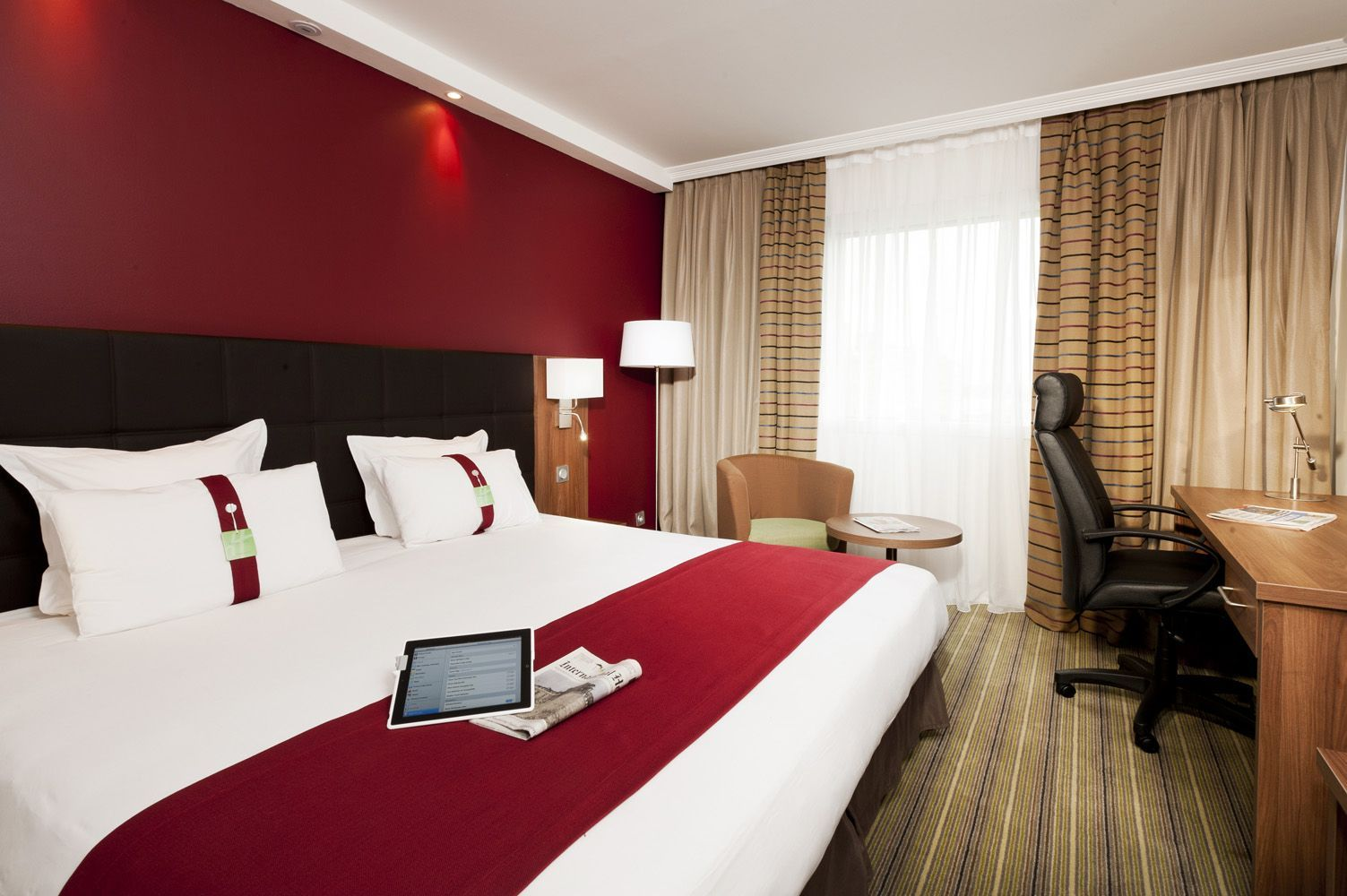 Holiday inn paris marne la vall e son succ s ses 4 toiles - Hotel marne la vallee chambre familiale ...