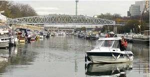 passer son permis bateau paris sur le canal de l 39 ourcq. Black Bedroom Furniture Sets. Home Design Ideas