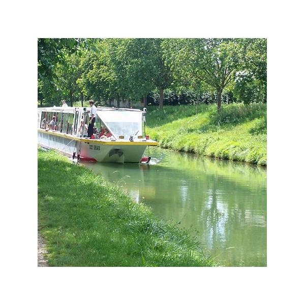 en bateau du parc de la poudrerie 224 paris