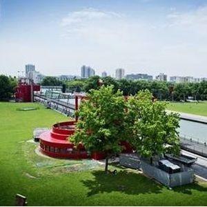 Histoire et architecture du parc de la Villette, de la Philharmonie à la Géode
