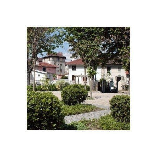 vivre dans une cit jardin exemple de la cit blumenthal epinay sur seine seine saint. Black Bedroom Furniture Sets. Home Design Ideas